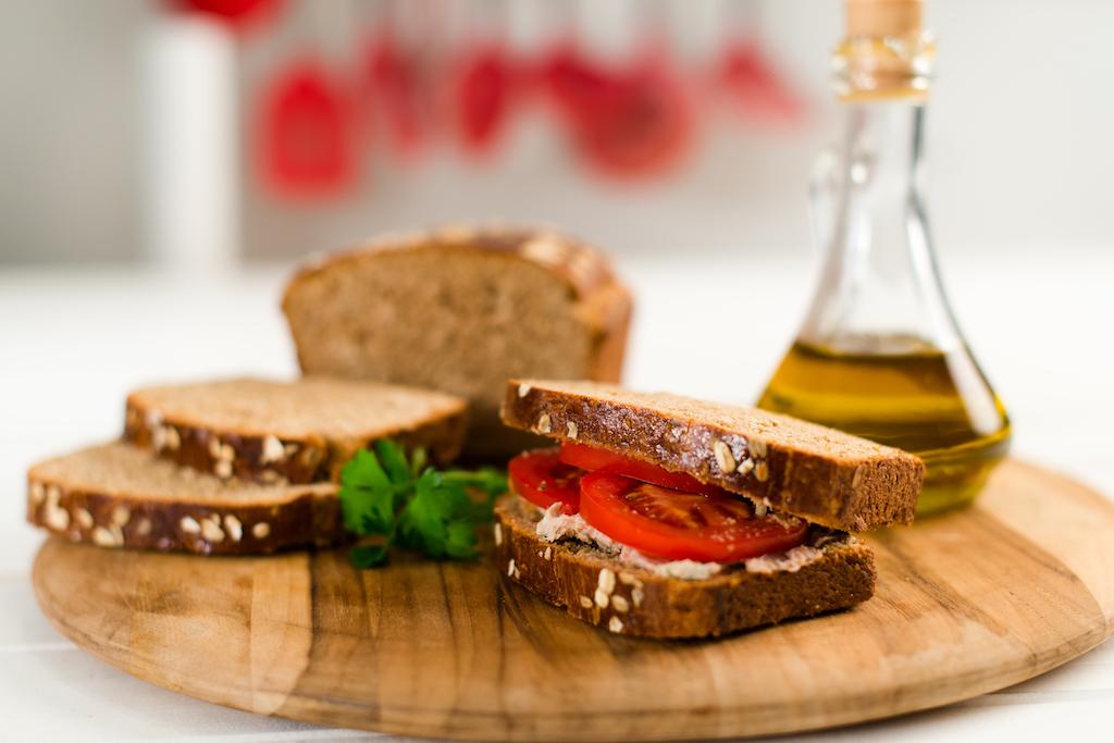 Pão Integral de Patê com Atum Sem Lactose