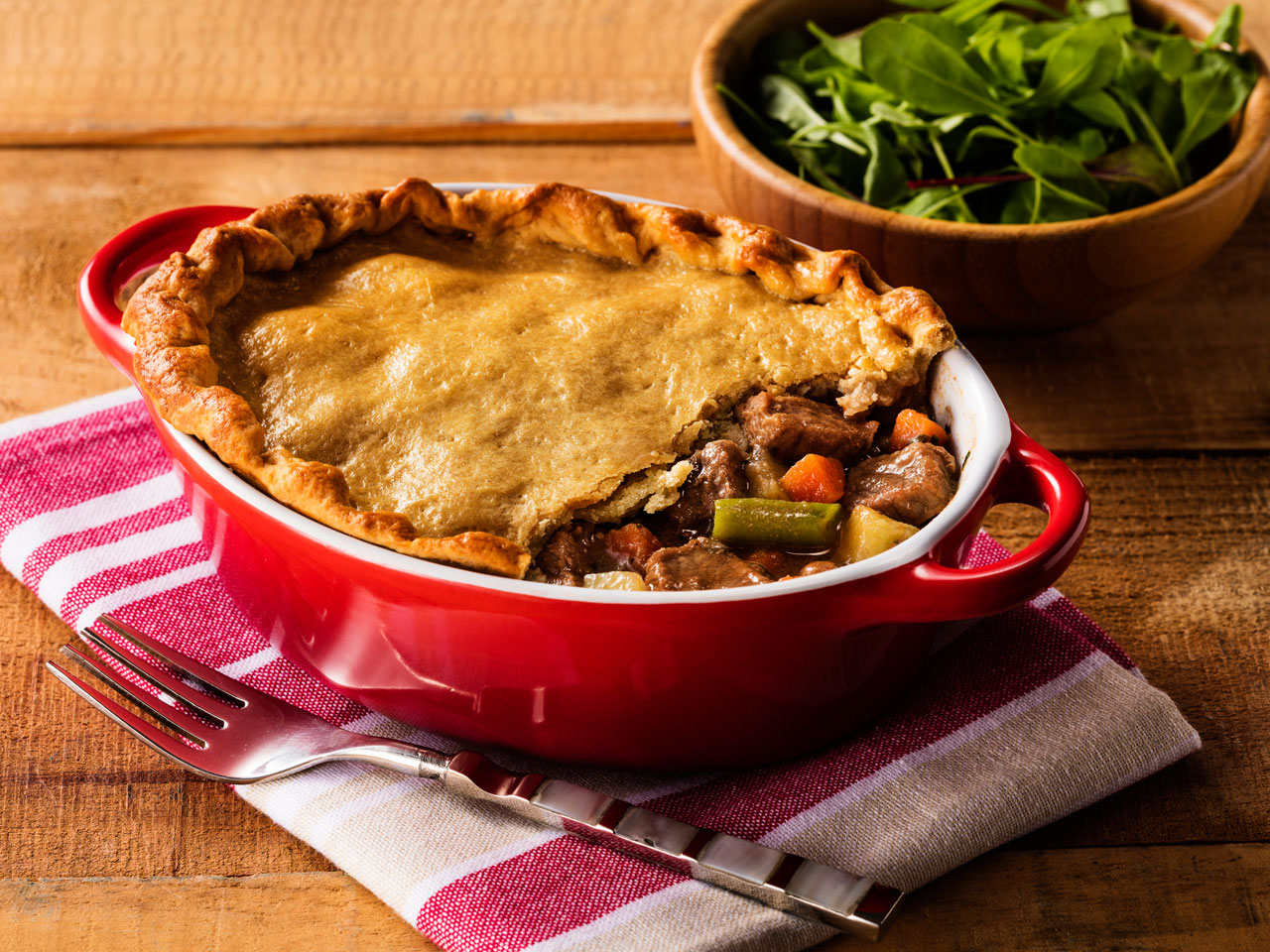 pot_pie_de_carne_e_legumes